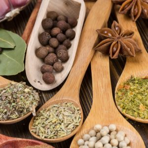 The Magical Spices Found in Your Kitchen that can Aid in Weight Loss