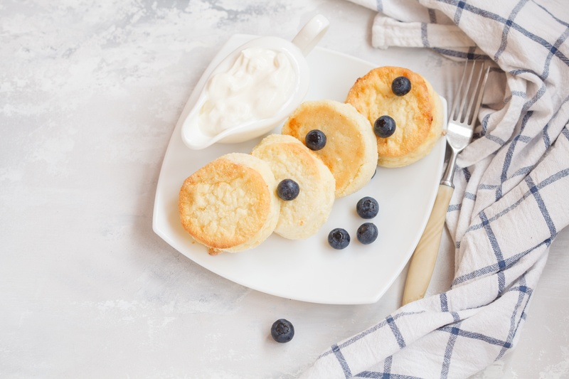 Oatmeal Blueberry Yogurt Pancakes