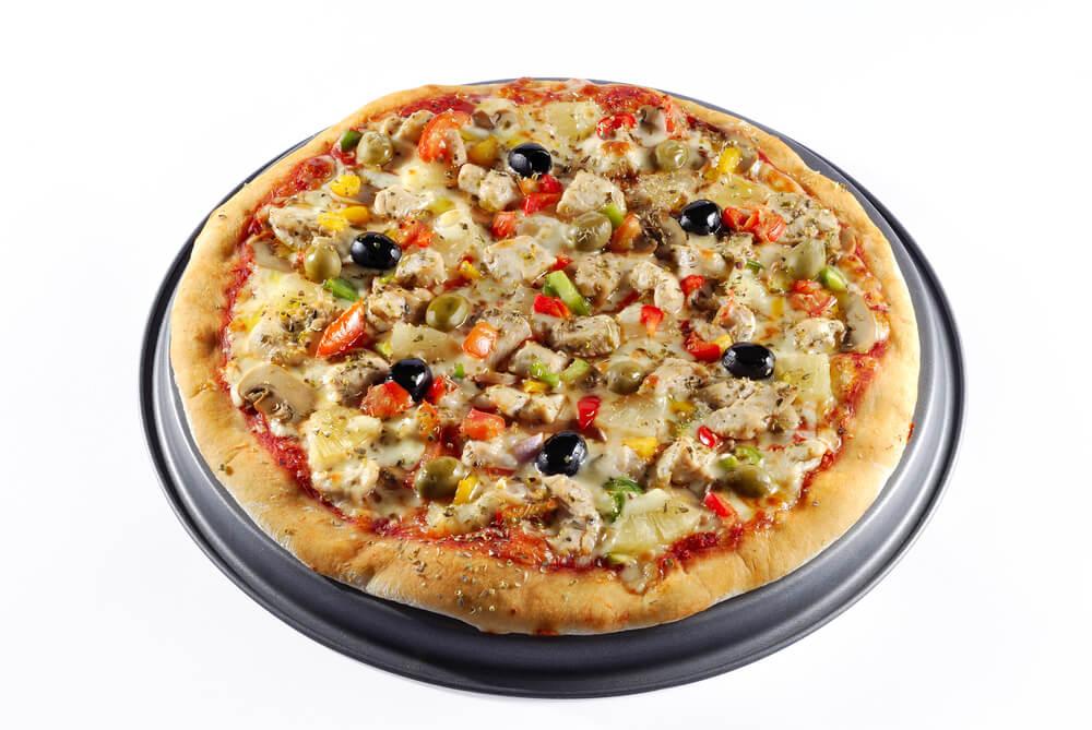 Savory Garlic Chicken Pizza