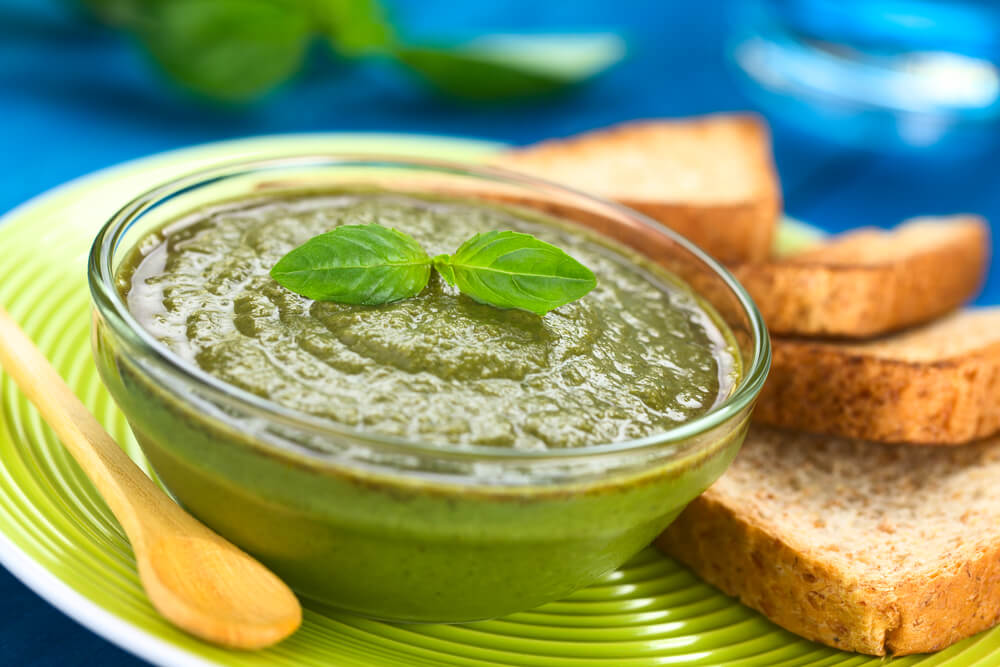 Tangy Spinach-Basil Pesto