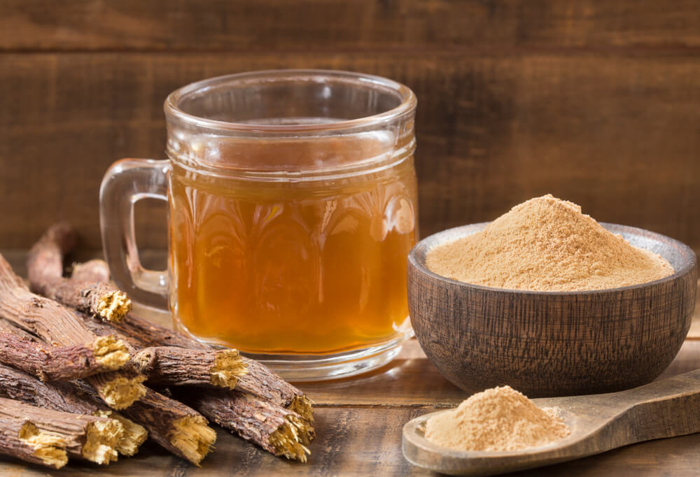 drinks to ease your sore throat