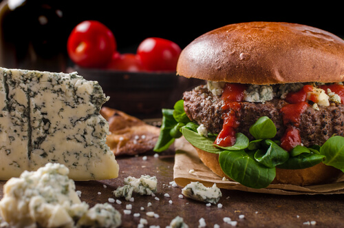 American Blue Cheese Burger with Tasty Sauce