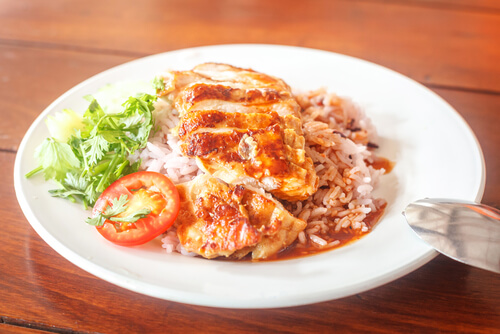 Smothered Chicken with Rice and Gravy
