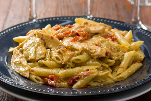 Artichoke and Sun-Dried Tomato Pasta