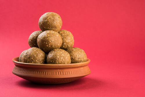 Oats Sesame Ladoo Recipe