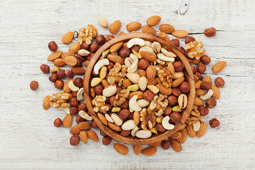 The Role of Nuts in Weight Loss