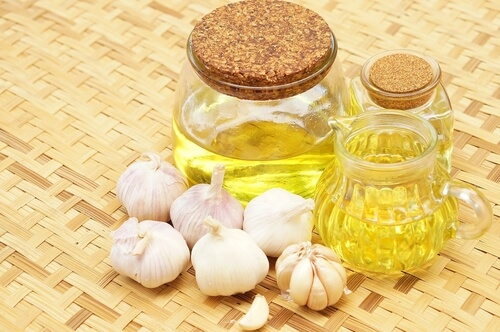 Garlic and Garlic oil