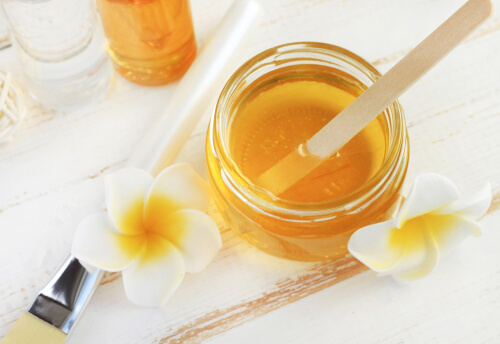 Revitalize Your Hair with Honey