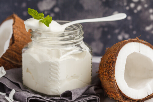 Cinnamon and Coconut Yogurt