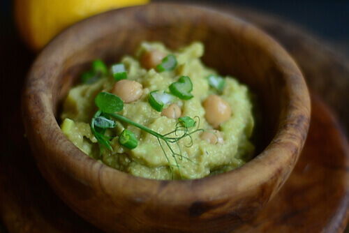 Southwest Chickpea Avocado Smash Up