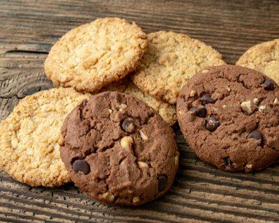 paleo diet - chocolate chip cookies