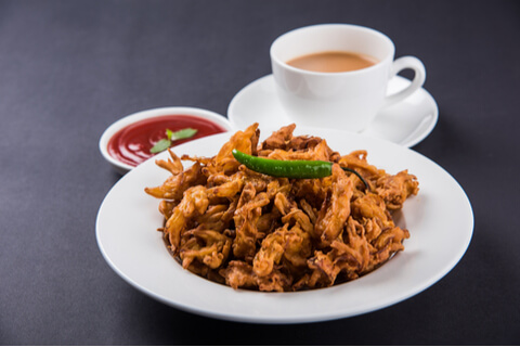 chai and pakoda