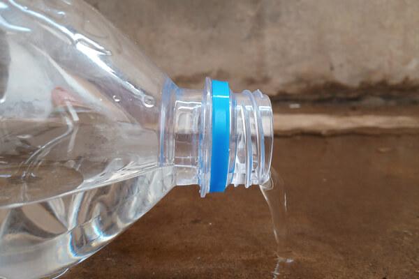 can leak