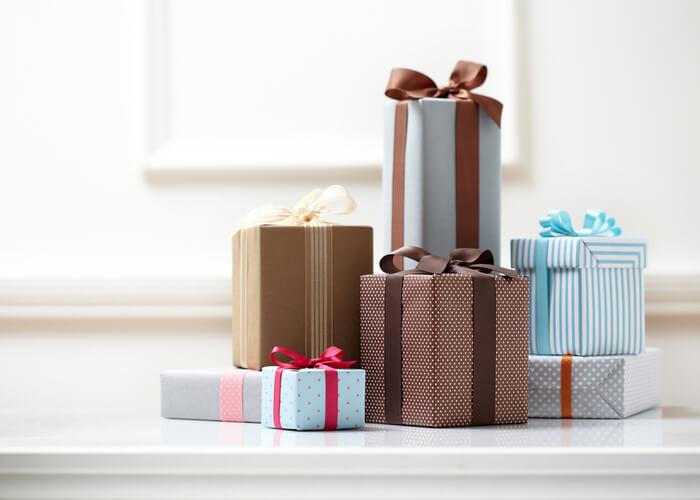 10 Housewarming Gift Ideas for a Couple