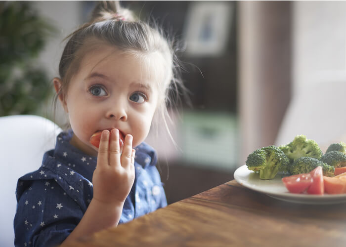 10 Ways to Make Your Kid Eat Better