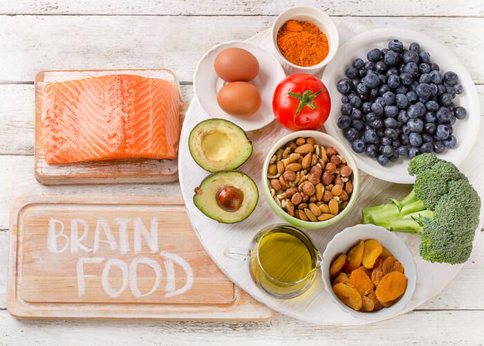 10 Brain Boosting foods kids need to eat