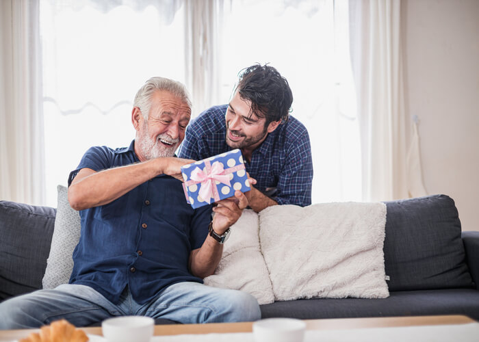10 Fancy Gift Ideas to Surprise Your Father This Father's Day