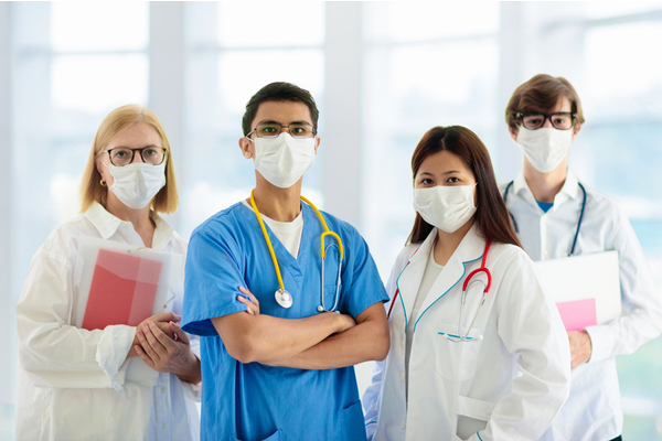 healthcare workers wear mask